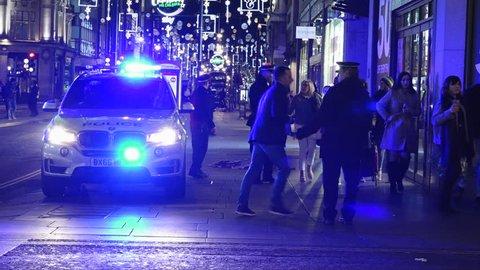 UK Nov 2017 - Police cordon suspect terror incident on Oxford Street in London.