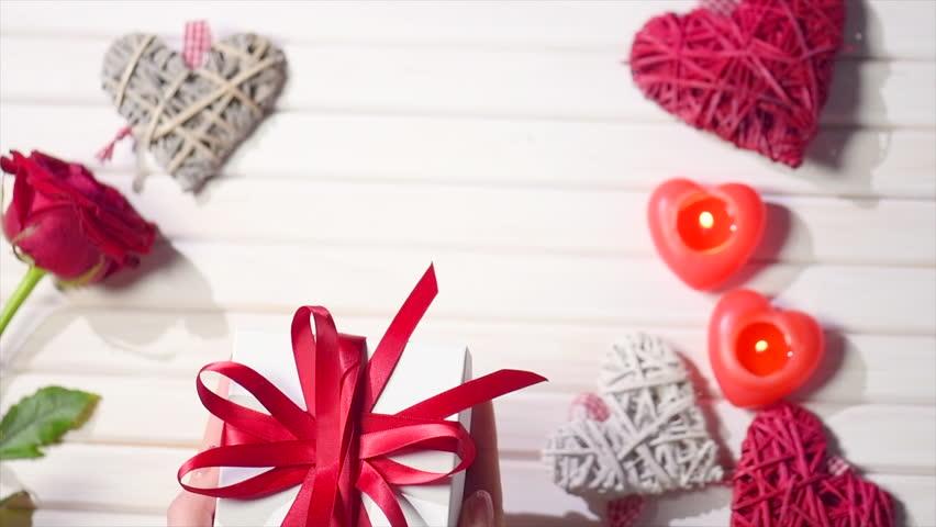 f9b299592dccc Valentine Gift. Young Couple Hands Vidéos de stock (100 % libres de droit)  34875859 | Shutterstock