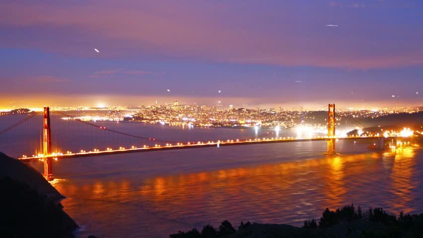 Golden Gate bridge at night, time lapse