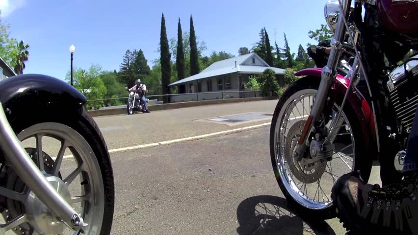TIME LAPSE STREET MOTORCYCLE GROUP / CLUB / FRIENDS POINT OF VIEW POV RIDING CHOPPERS / CRUISERS / STREET BIKES ON BEAUTIFUL WINDING COUNTRY ROAD IN THE SPRING TIME  HD 1080 HIGH DEFINITION 1920X1080