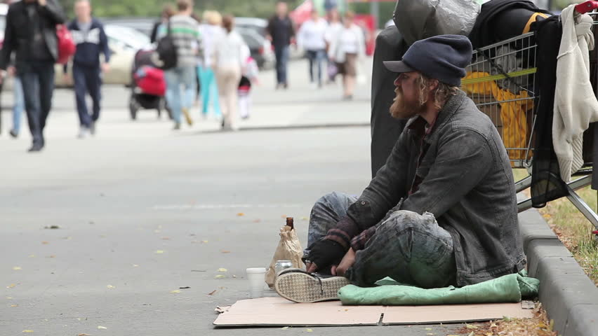 beggar nuisance 变形 复数: nuisances 一键安装桌面版,查词翻译快三倍 n-count 讨厌的人麻烦的事情 if you say that someone or something is a nuisance, you mean that they annoy you or cause you a lot of.