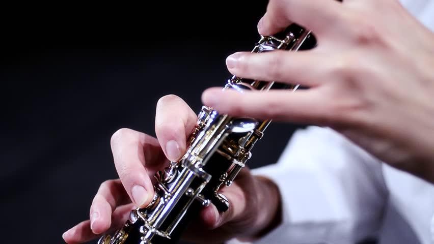 Header of oboe
