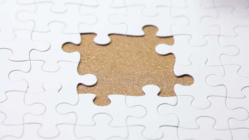 solving a jigsaw puzzle game
