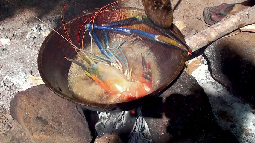 Frying Giant Freshwater Prawn On Stock Footage Video (100% Royalty-free)  4812869 | Shutterstock