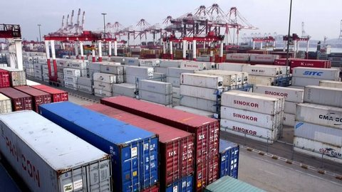 Qingdao -circa  2013 :container throughput 15,520,000 TEUs. Owns 153 container routes, including international routes 124 per month more than 700 flights to and from classes around the world.