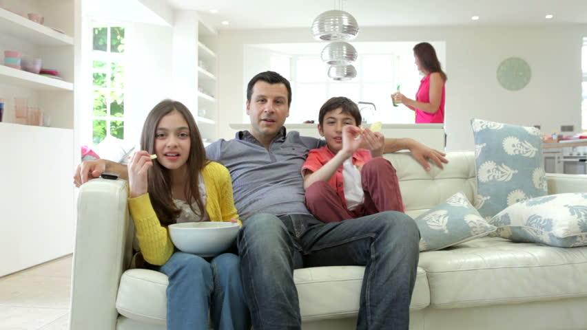 On couches смотреть