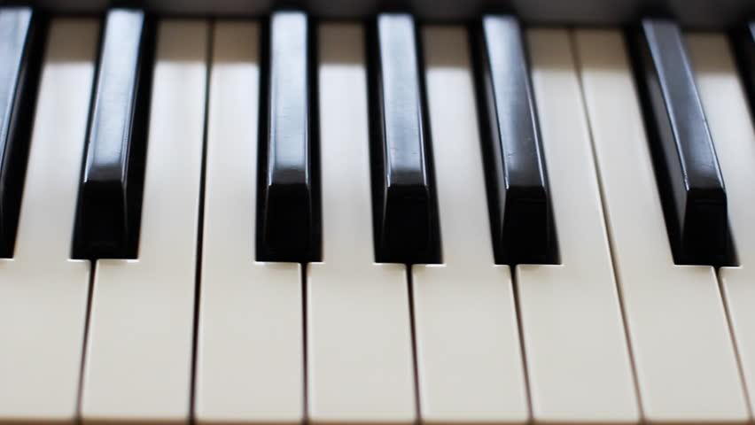 Piano Keys  Keyboard  stock-videoer (100 % royaltyfri) 6135899 |  Shutterstock