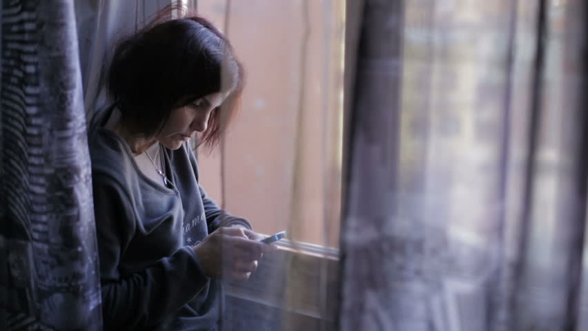 Woman using smartphones to surf the internet | Shutterstock HD Video #6195869