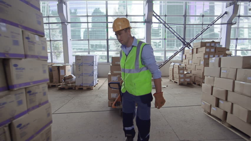 Header of laborer