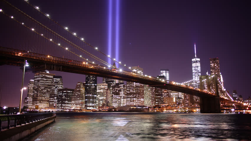brooklyn bridge night light towers of light 4k time lapse from new york