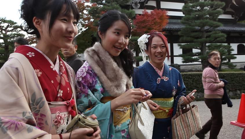 Beautiful Russian Girls Doing Japanese