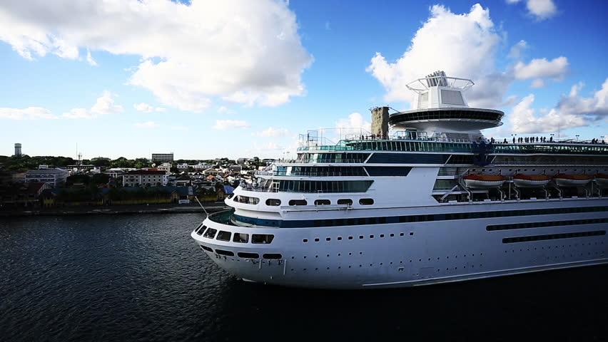 SAN JUAN PUERTO RICOFEBRUARY Time LapseCruise Ship - Positions on a cruise ship