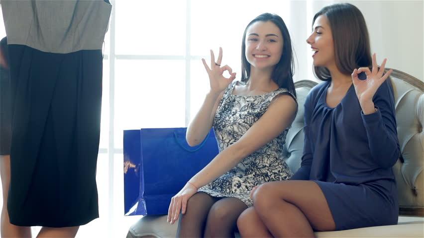 Смотреть видео бесплатно онлайн что делают девочкам фото 378-372