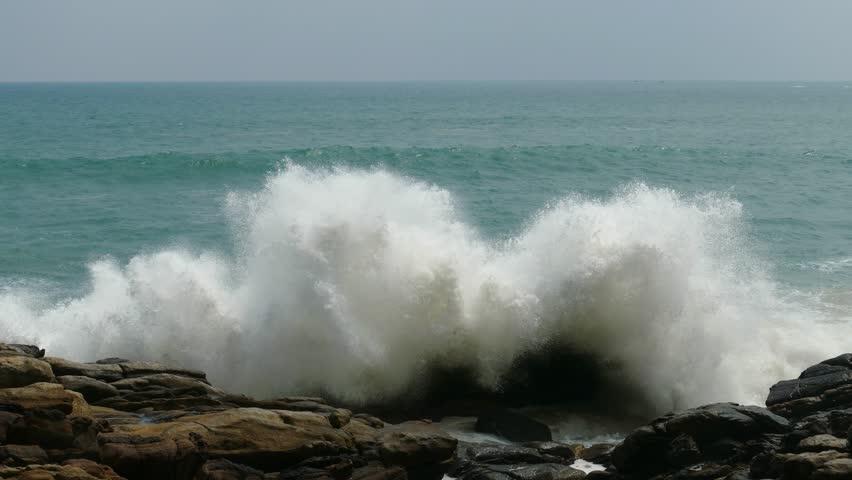Big Waves Crashing On Stone Stock Footage Video (100% Royalty-free) 9683219  | Shutterstock