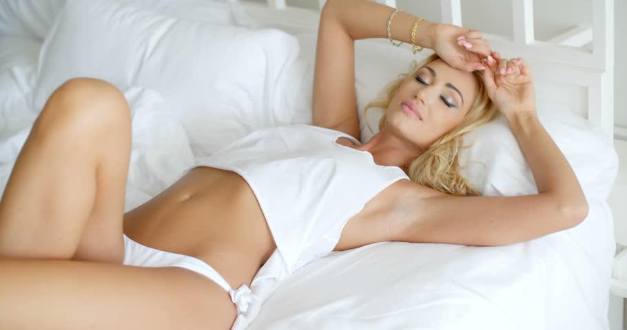 erotic women clits photos suntanned